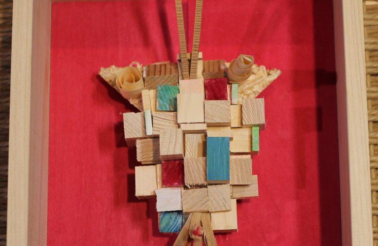 木の端材アート